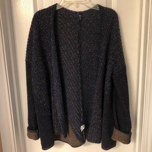 Gap Navy and Brown Lamb's Wool Cardigan
